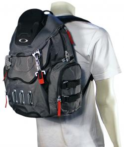 Oakley Bathroom Sink Backpack - Shadow
