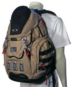 Oakley Kitchen Sink Backpack Review « One More Soul