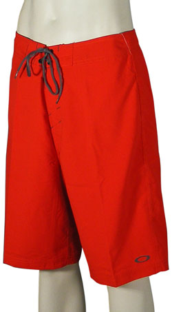 Zoom for Oakley Dredge 2.8 Boardshorts - Red Line