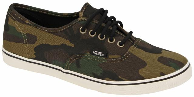 vans authentic lo pro shoe camo size 8